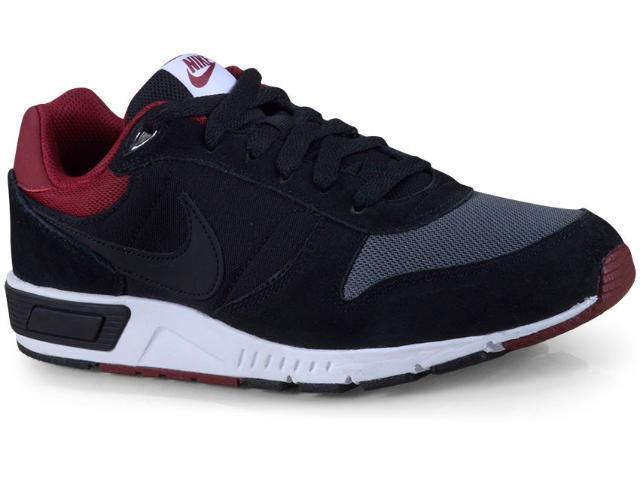 Tênis Masculino Nike 644402-022  Nightgazer Preto/bordo