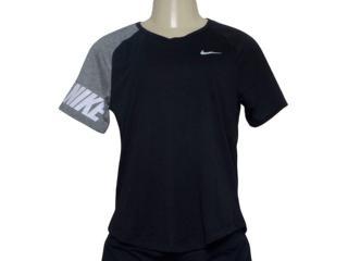 T-shirt Feminino Nike Av8177-010 Miler Preto/cinza - Tamanho Médio