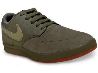Tênis Masculino Nike 749477-200 sb Fokus Verde Oliva - Tamanho Médio