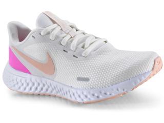 Tênis Feminino Nike Bq3207-103 Revolution 5 Branco/pink - Tamanho Médio