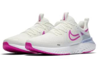Tênis Feminino Nike At1369-103 Legend React Branco/pink - Tamanho Médio